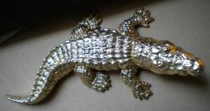 Vergoldetes Krokodil