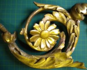 geschnitztes Ornament